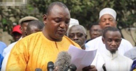 Révision : Barrow va nettoyer la constitution de Jammeh